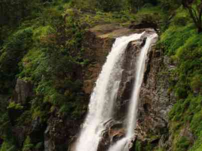 Bandaje-arbi-falls-source-internet